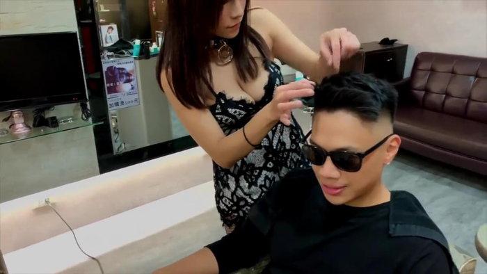 中国人巨乳美容師Vicky10